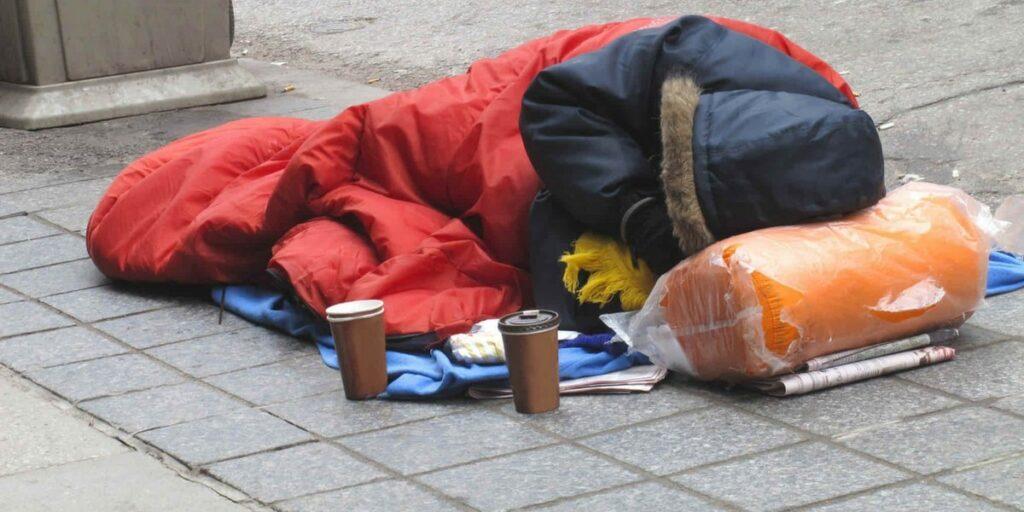 help-homeless-heroes-buengo